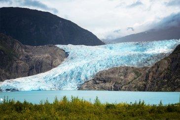 .Mendenhall Glacier
