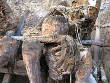 cmentarz w Asenki  4 .JPG