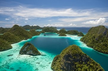 Chelbacheb - archipelag wysp rock island okolice Papua