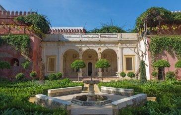 Seville - fasada i ogrody Casa de Pilato