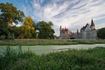 Zamek w Mosznej- Polska